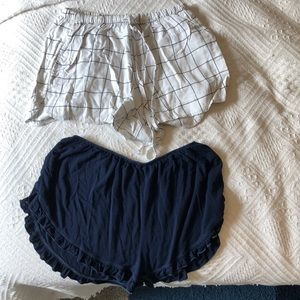 brandy melville plaid black and white shorts